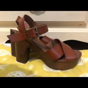 Estella Faux Leather Wood Bottom Heel Pumps
